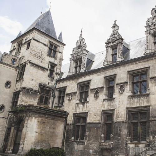 Monuments historiques gray for Architecte en chef des monuments historiques
